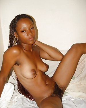Ebony Saggy Boobs Pictures